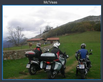 Motos frente a la Ermita del Alba